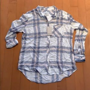 NWT tails button down checkered long sleeve shirt